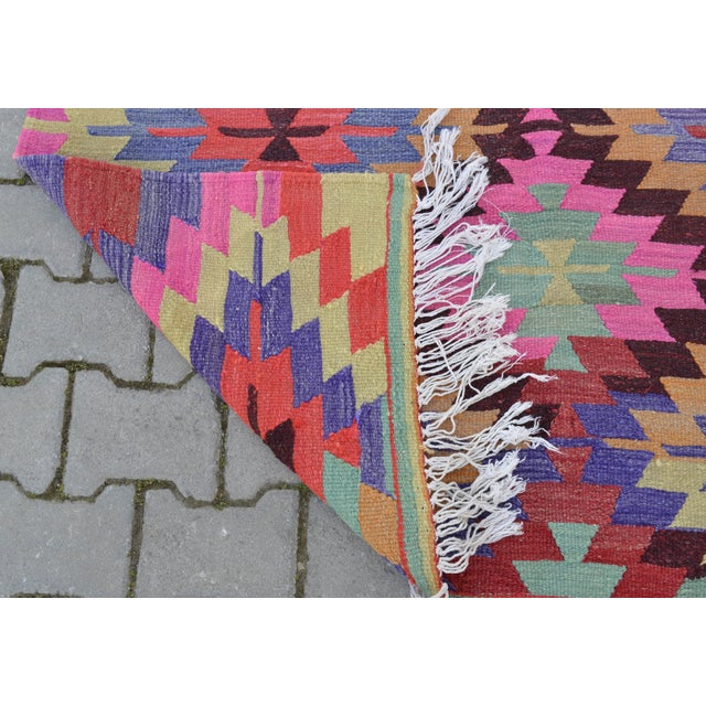 Hand-Woven Turkish Diamond Kilim Rug - 4′7″ × 6′4″ - Image 9 of 9