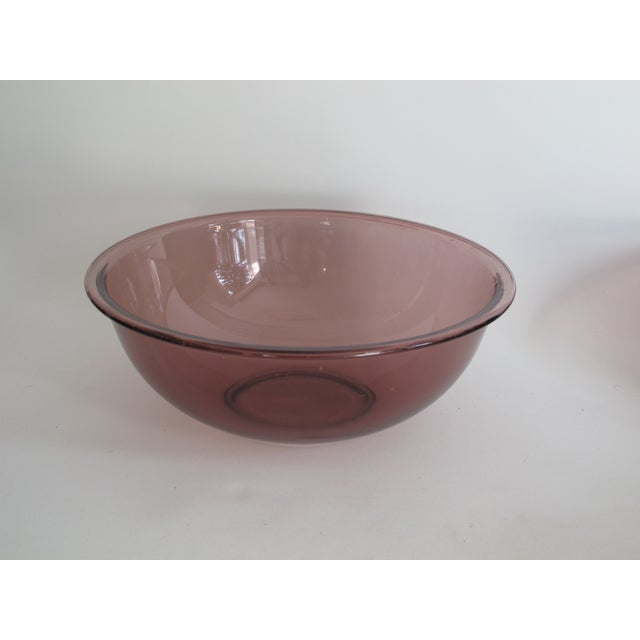 Image of Purple Nesting Pyrex Bowls, Set of 4