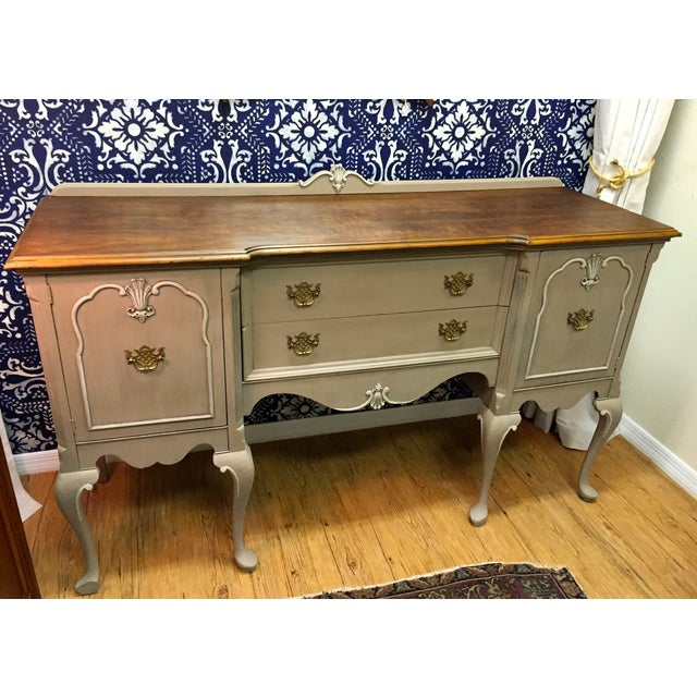 Vintage queen anne buffet sideboard credenza chairish for Sideboard queens