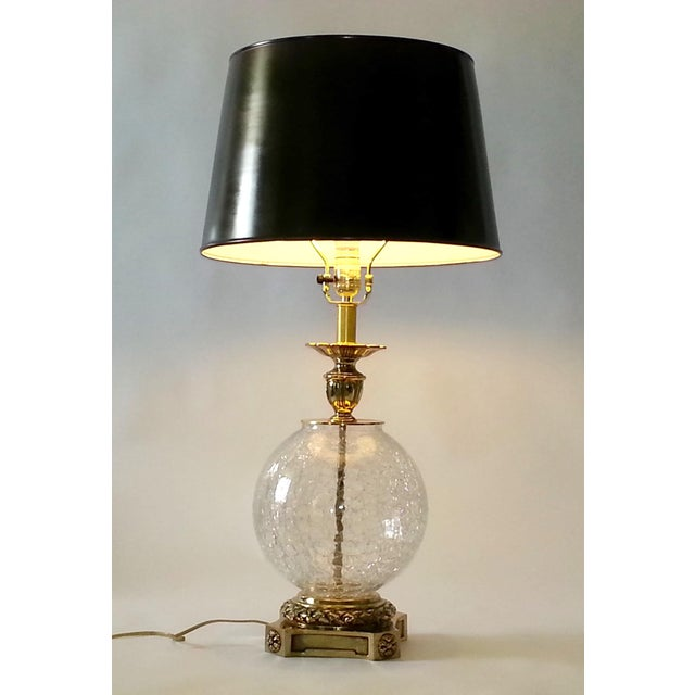 VINTAGE CRACKED GLASS AND BRASS LAMP - Image 9 of 10