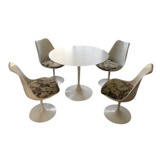Mid-Century Knoll Tulip Table & Chairs - Set of 5