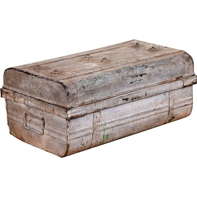 1950s Blushed Gray Iron Traveler's Trunk - Image 3 of 5