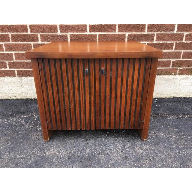Vintage Lane Walnut Nightstand or Side Table - Image 2 of 5