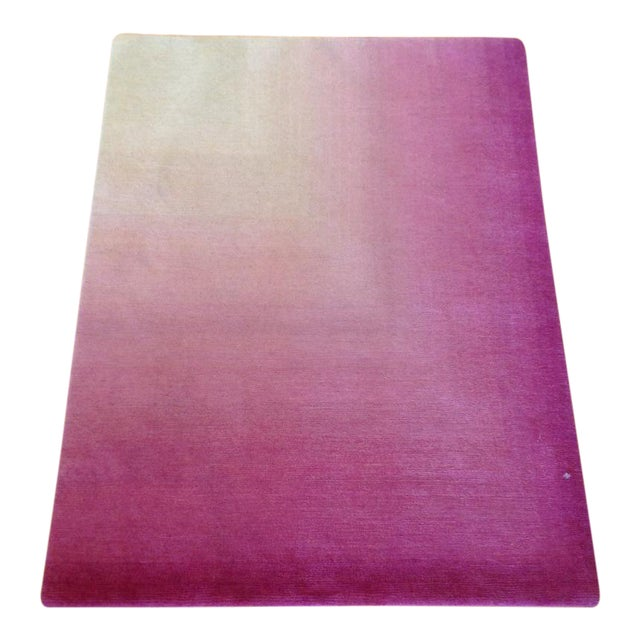 Pink & White Ombre Rug - 3' X 4'