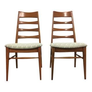 Heywood Wakefield Ladderback Side Chairs - a Pair