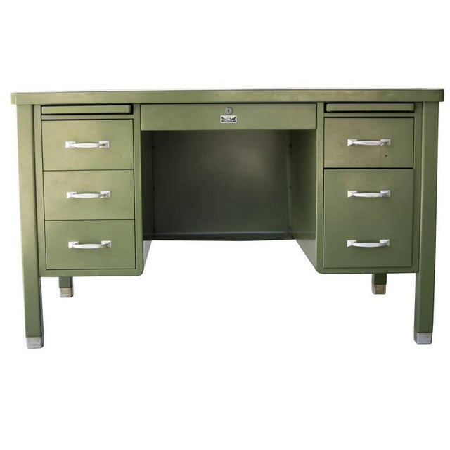 Image of General Fireproofing Executive Tanker Desk & Chair