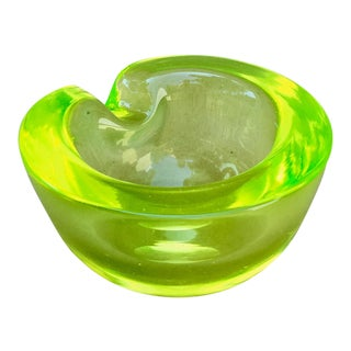 1950s Murano Uranium Green & Lemon Yellow Bowl