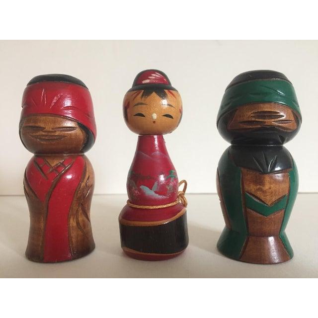Vintage Mid-Century Japanese Wooden Kokeshi Dolls - Set of 3 - Image 9 of 9