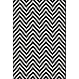 "Black and White Chevron Rug - 8'x10'7"""