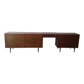 Paul McCobb Planner Group Dresser and Vanity Set