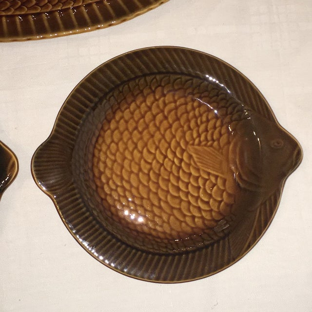 Sarreguemines fish shaped majolica plates platter set for Fish shaped plates