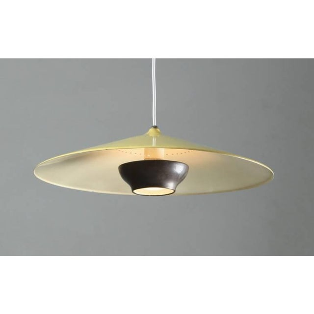 Early Gaetano Sciolari pendant in yellow and dark brass. Stilnovo, Italy, 1950s - Image 4 of 8