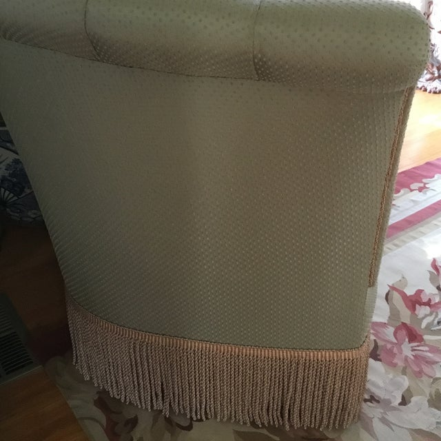 French Style Settee With Fringe - Image 8 of 9