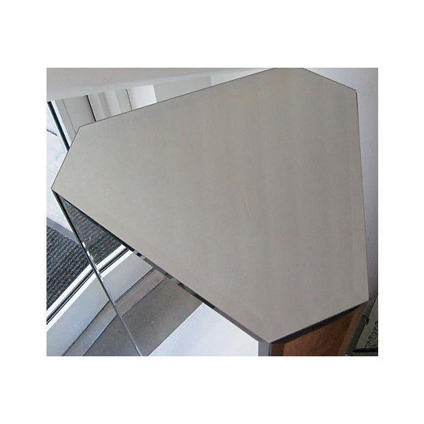 Image of Triangular Mirrored Pedestal
