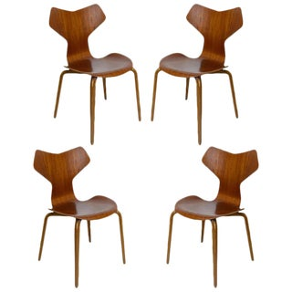 """Set of Four Arne Jacobsen """"Grand Prix"""" Chairs"""