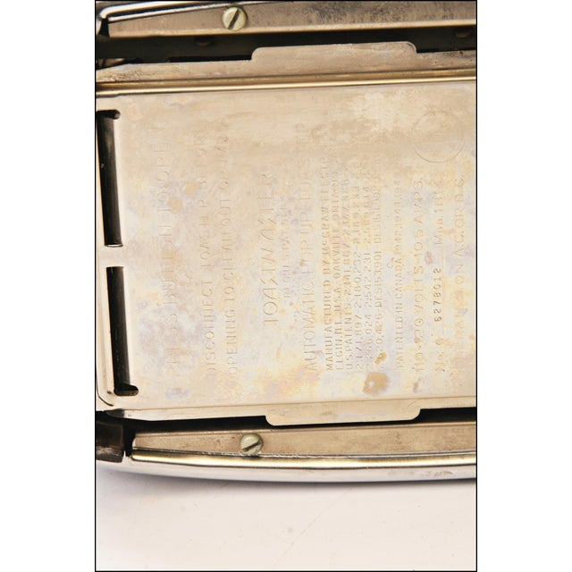 Vintage Chrome Toastmaster Toaster with Bakelite Handles - Image 10 of 10