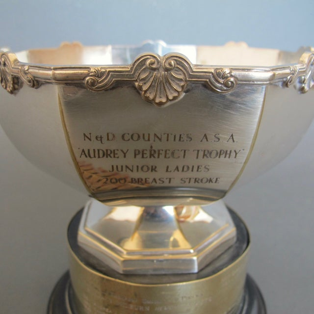 1970's Swimming Rose Bowl Trophy - Image 4 of 8