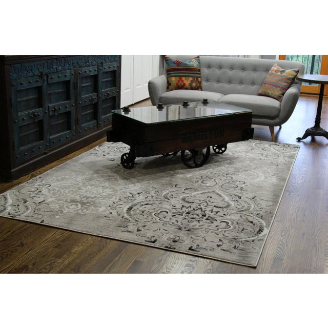 "Damask Gray & White Rug- 6'7"" x 9'7"" - Image 4 of 7"
