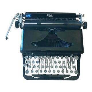 """1930's Royal Portable Vintage Typewriter """"O"""" Model"""