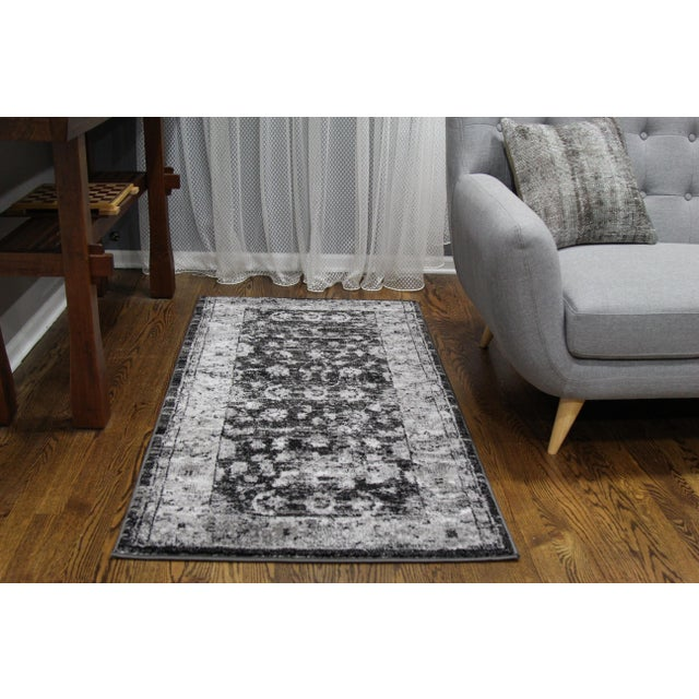 "Distressed Vintage Gray Rug - 2'8"" x 5' - Image 5 of 7"