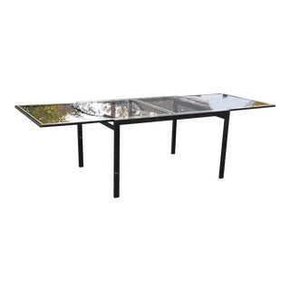 DIA Metallic Expandable Dining Table