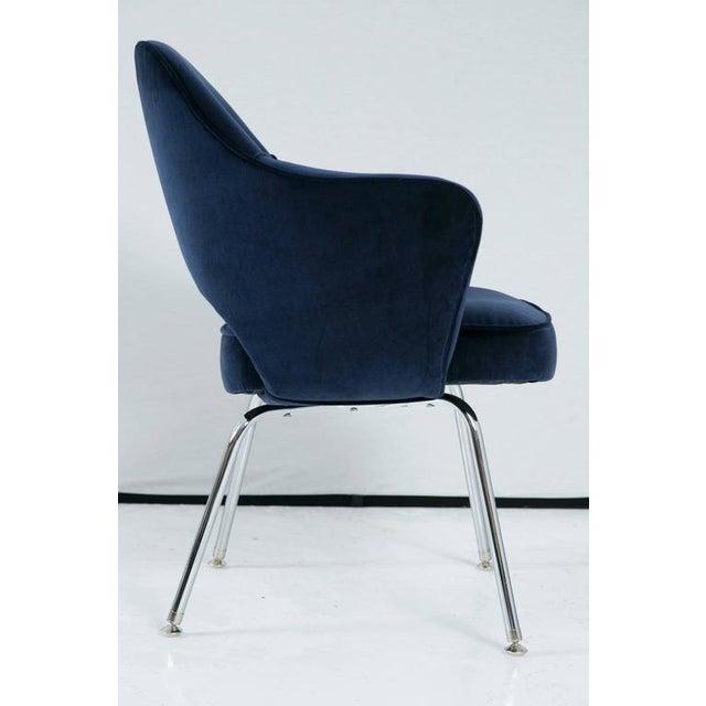 Saarinen Executive Armchair, Navy Velvet - Image 4 of 8
