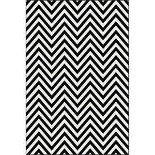 Black & White Chevron Rug - 5'3''x 7'7''