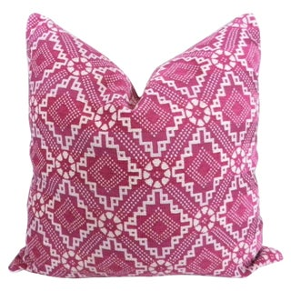 Fuchsia Pink Diamond Patterned Pillow