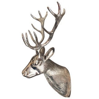 Polished Silver Metal Buck Head