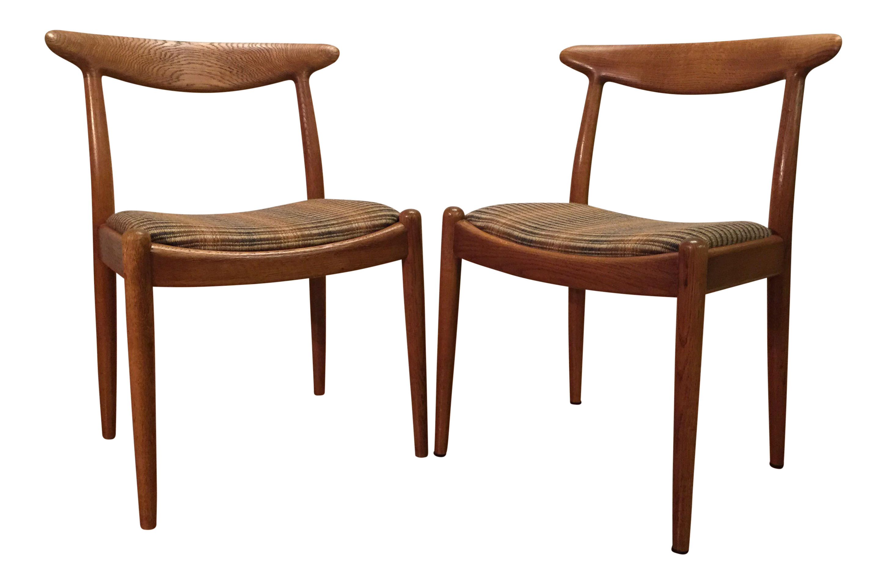 Hans Wegner W2 Oak Dining Chairs   A Pair