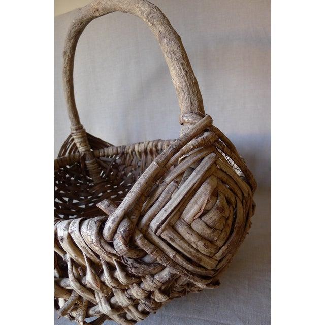 Large Appalachian Handwoven Basket - Image 4 of 7