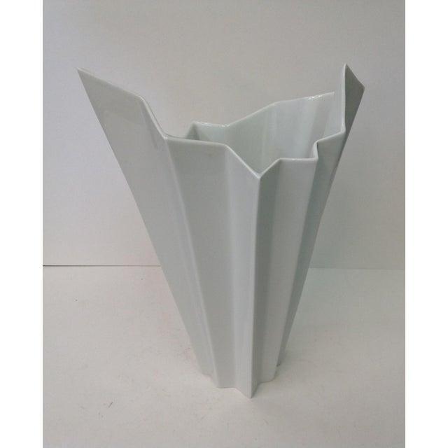 Hutschenreuther White Op Art Vase - Image 2 of 7