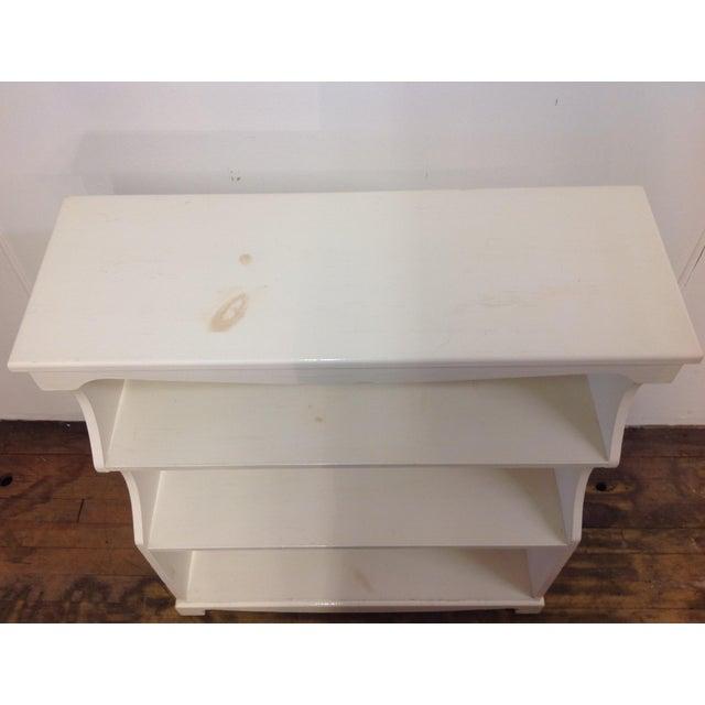 White Painted Pine Bookshelf - Image 4 of 9