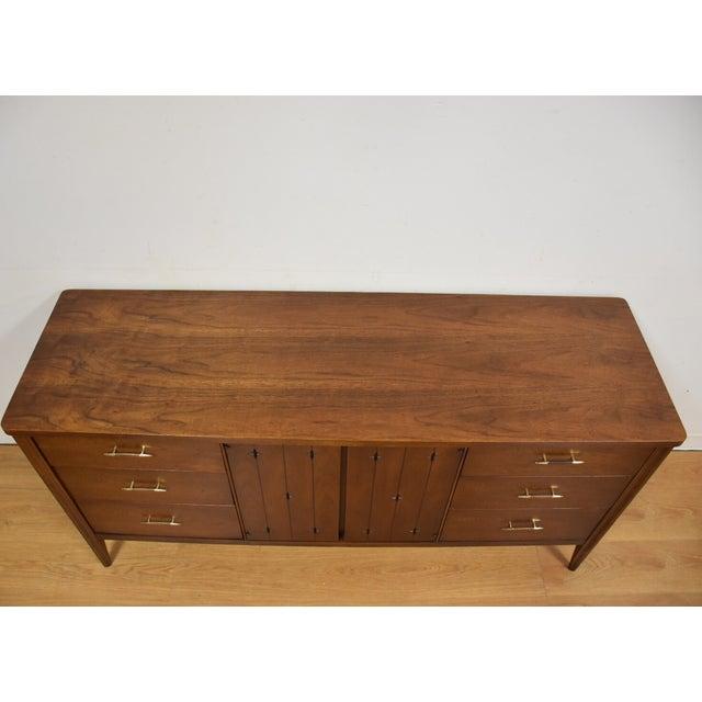 Broyhill Saga Star Studded Dresser - Image 3 of 11