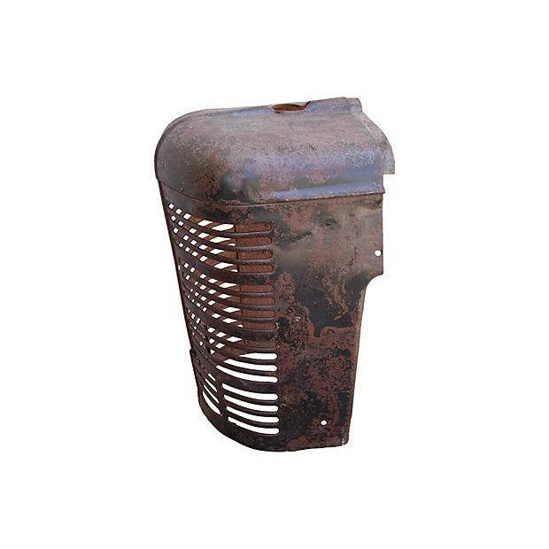 Antique Industrial Farm Tractor Grill Art Piece - Image 5 of 7