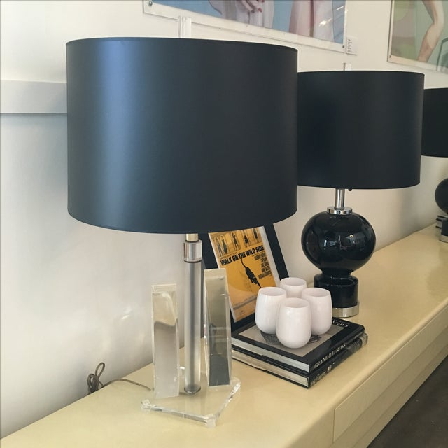 Vintage Mid-Century Sculptural Acrylic Table Lamp Attributed to Van Teal - Image 4 of 8