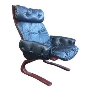 Kengu Black Leather Lounge Chair