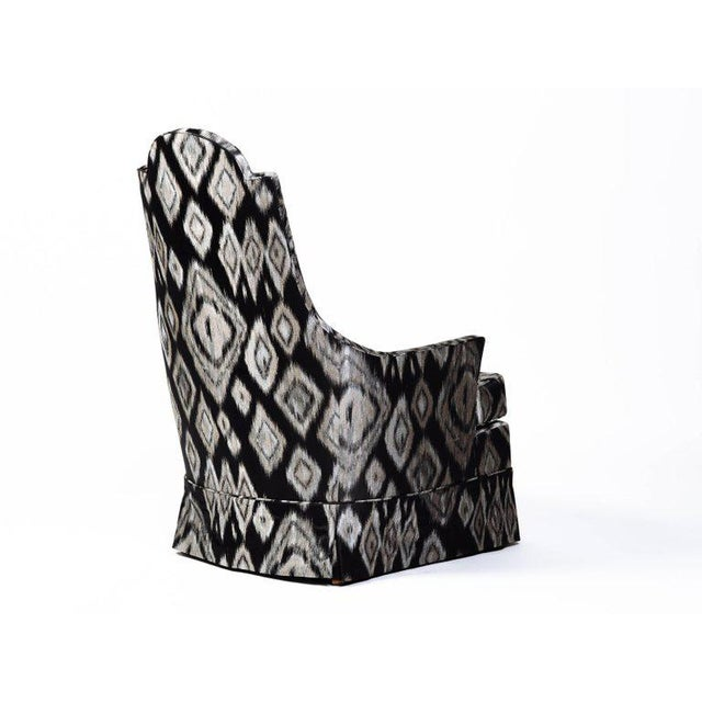 Pair of Hollywood Regency Lounge Chairs in Graphic Ikat Silk - Image 5 of 9