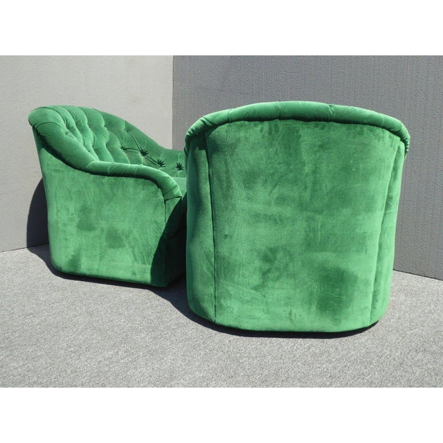 Vintage Pair of Mid Century Modern Tufted Green Velvet Swivel Club Chairs - Image 6 of 11