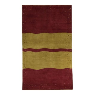 "Contemporary Hand Woven Wine & Gold Wool Rug - 4'8"" X 8'"