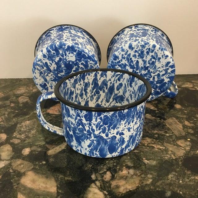 Enamel Spatterware Mugs - Set of 3 - Image 7 of 10
