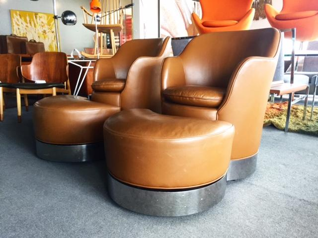 J. Robert Scott Phillip Enfield Swivel Chairs And Ottomans   Image 2 Of 8