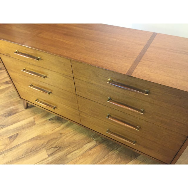 Heritage Henredon Mid Century Lowboy Dresser - Image 5 of 11