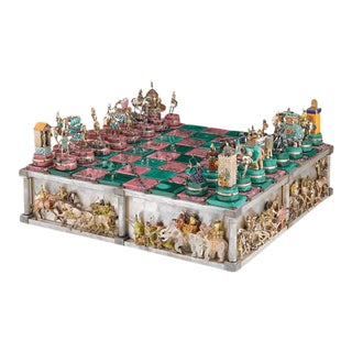 THE BATTLE OF ISSUS CHESS SET
