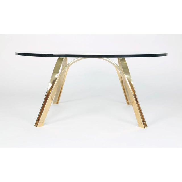 ROGER SPRUNGER-STYLE BRASS AND GLASS COFFEE TABLE BY TRI-MARK - Image 2 of 4