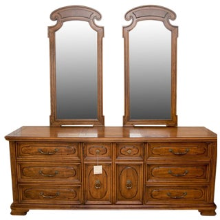 Vintage Henredon Double Dresser With Mirrors