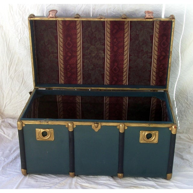 Vintage Italian Made Outer Rib Trunk - Image 4 of 4