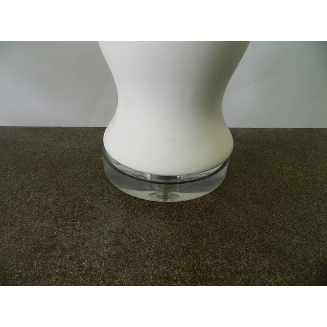 Double Ballister White Porcelain Table Lamp - Image 4 of 6