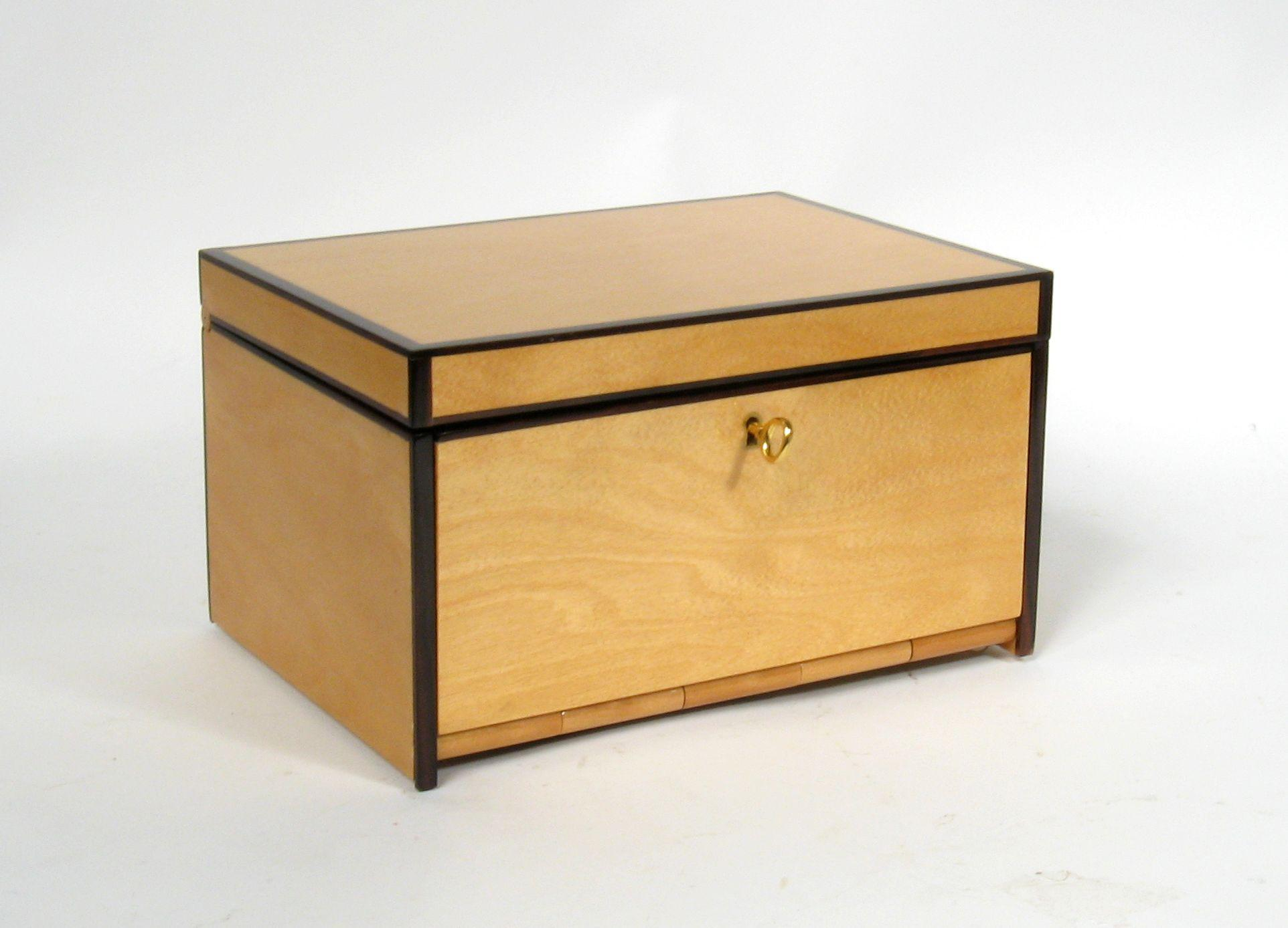 Gucci Jewelry Box Designed By Tom Ford   Image 2 Of 10