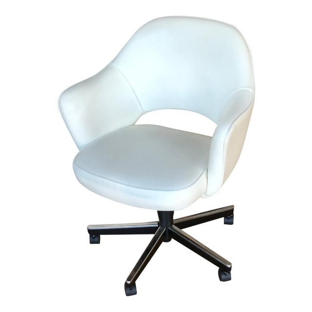 Knoll Saarinen Leather Arm Chair - Image 1 of 4